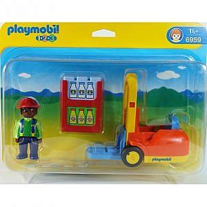 Diversity-Spielzeug_Playmobil123_Schwarzer-Gabelstablerfahrer