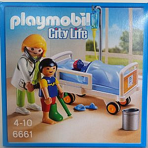 Playmobil – weiße Ärztin und Kinderkrankenbett