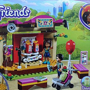 Lego Friends – Andreas Bühne im Park