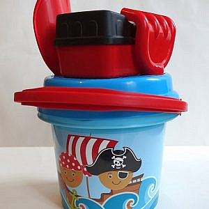 Sandspielzeug Pirat*innen